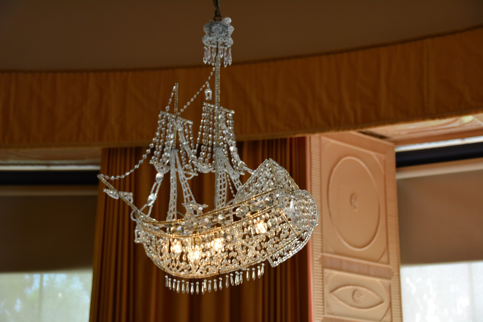 Z gallerie chandeliersz gallerie chandelier lighting images z burlap chandelier gallery arubaitofo Images