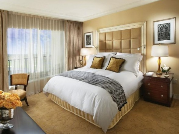 Small Bedroom Decorating Ideas Gold