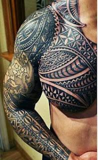 Maori no braço ombro e peito