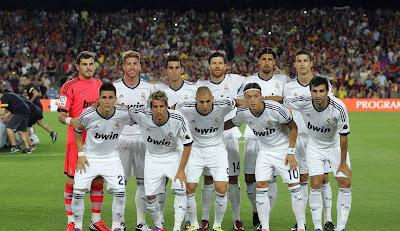 نادي ريال مدريد في مباراة ودية في الجزائر خلال شهر رمضان المبارك شهر 7-2013