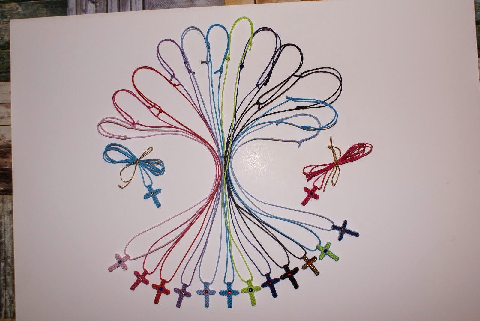 Χειροποίητα σταυρουδάκια λαιμού από κερωμένο νήμα σε διάφορα χρώματα