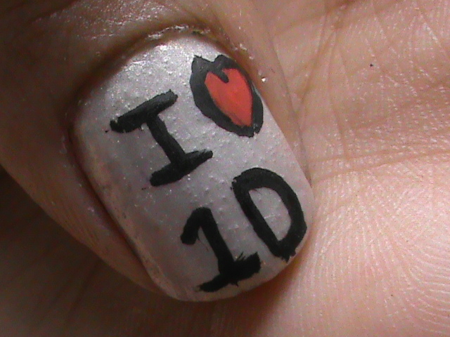 Easy nail art designs for beginners to do at home: One Direction Nails