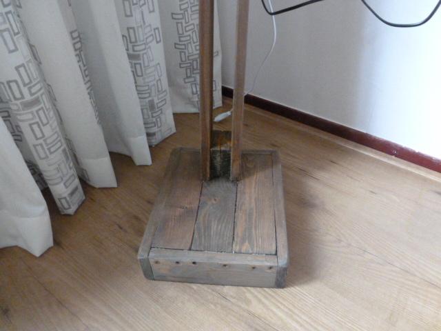 ≥ stoere staande houten lamp landelijke sober lampen