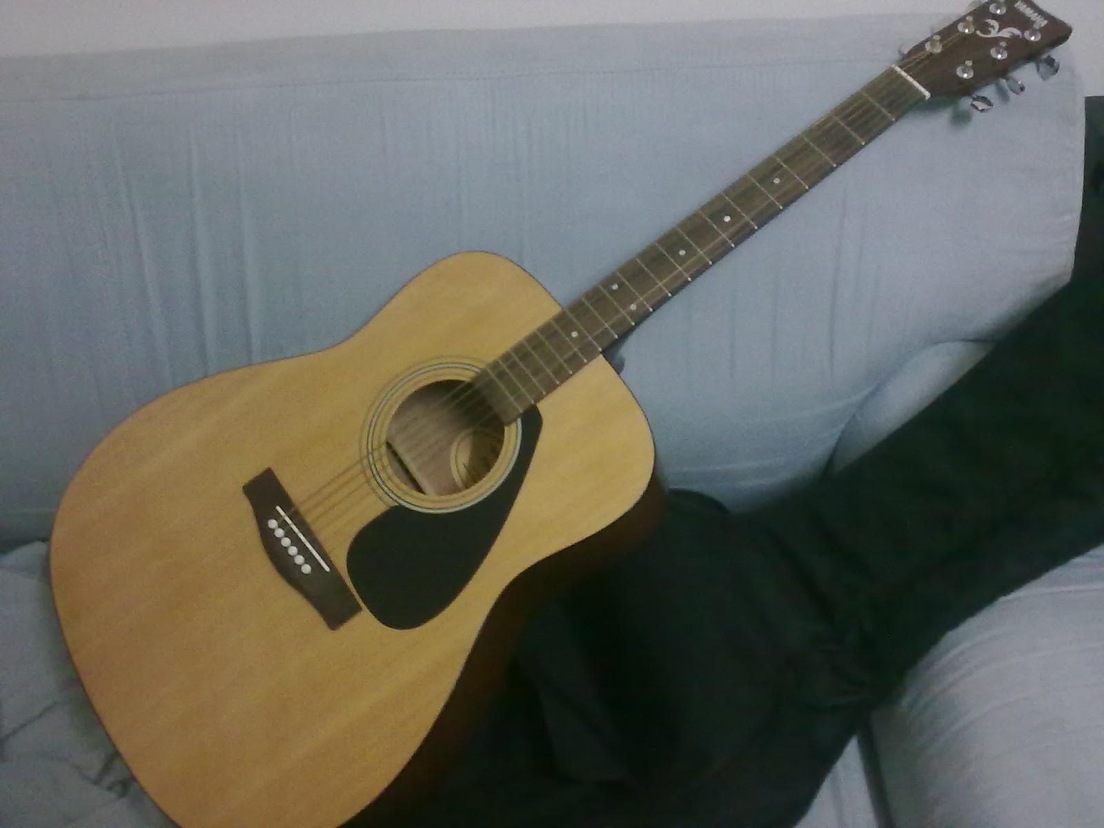 apa khabar dunia yippiee aku blajar main gitar