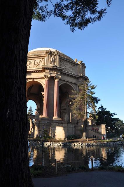 Green-Pear-Diaries-Fotografías-San-Francisco-palace-fine-arts_Alexandra-Proaño