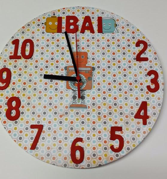 Reloj manualidades aprender manualidades es - Manualidades relojes infantiles ...
