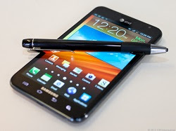 mrtechpathi_samsung_reportedly_developing_a_5.9_inch_phablet