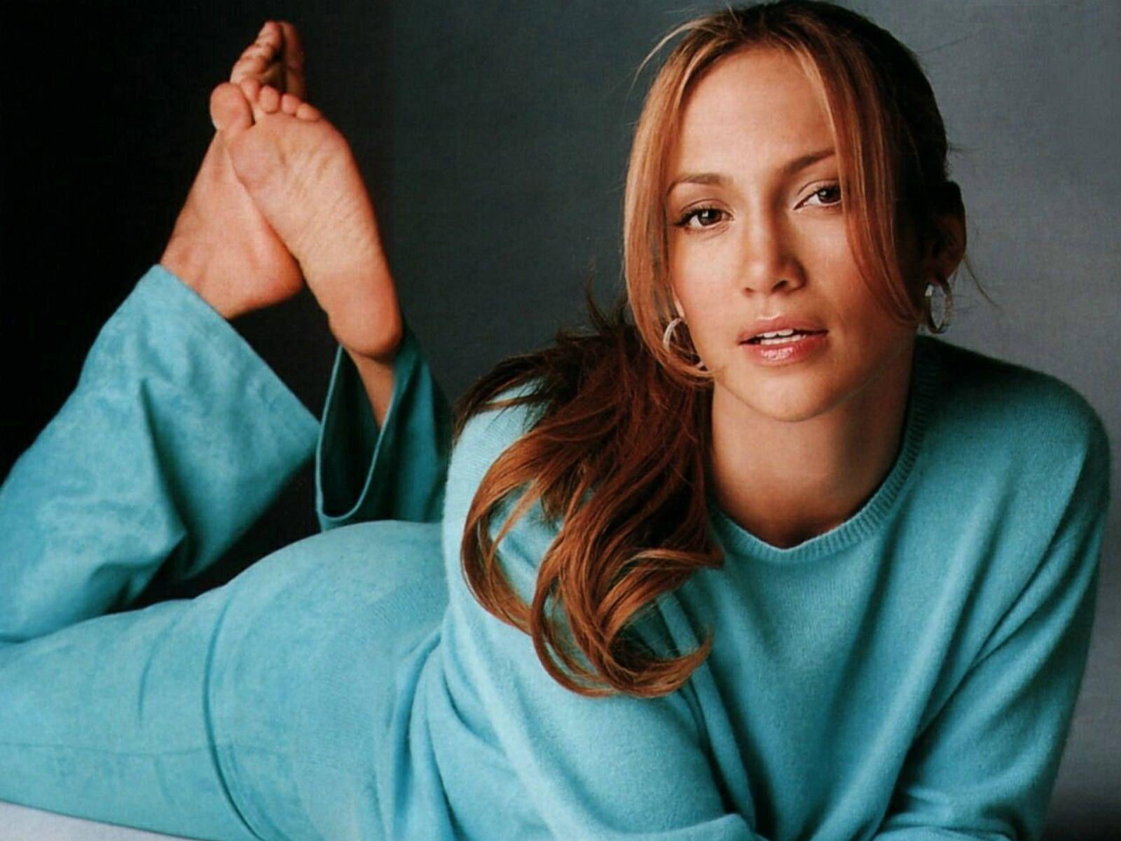http://4.bp.blogspot.com/-_ZDNkjLoj7s/UDuHZZ_VFaI/AAAAAAAAANg/UjzmXbGmEy0/s1600/Sexy_Hot_Jennifer_Lopez_Wallpaper_GQQNUD.jpg