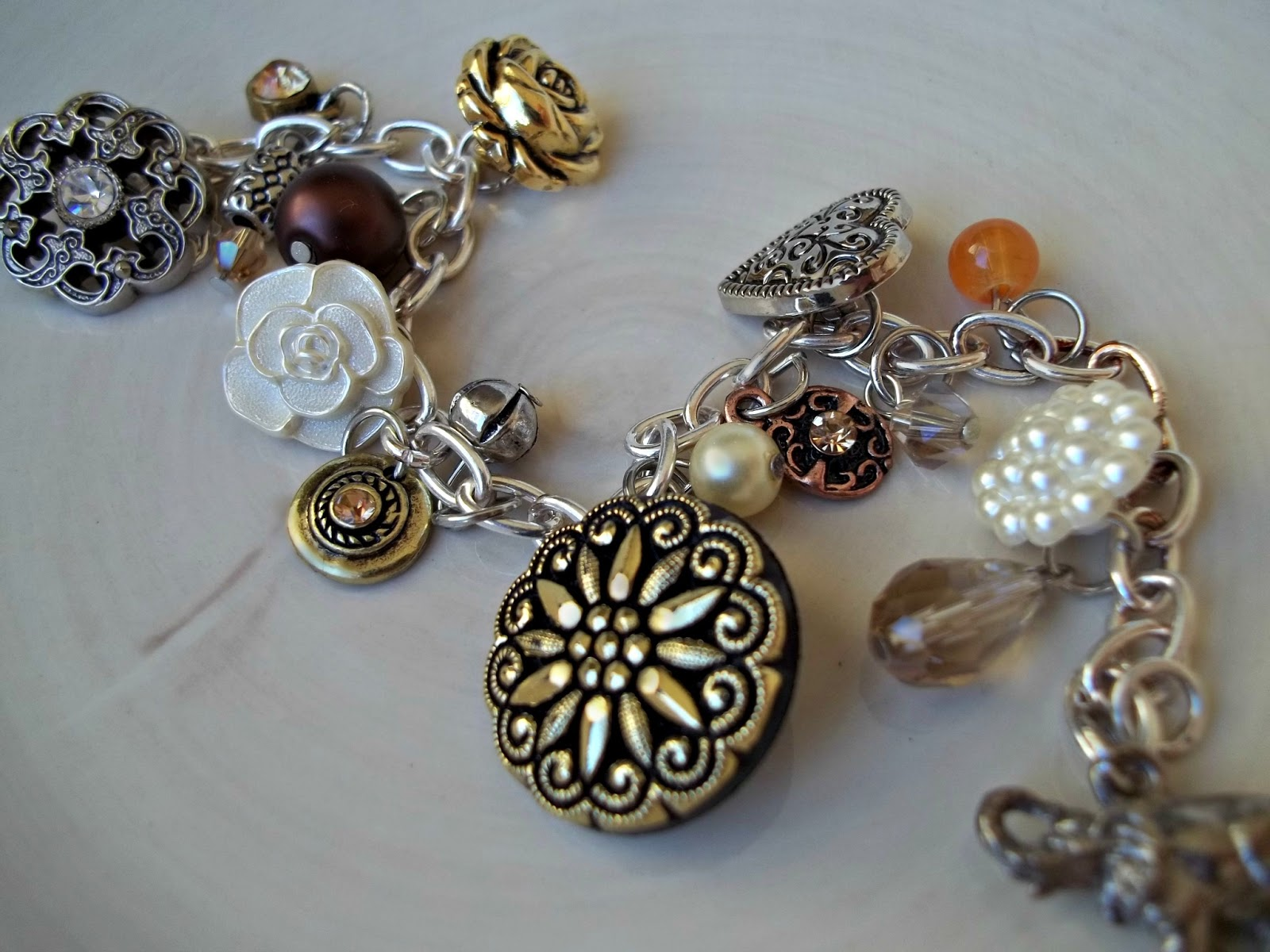 cut craft create make your own charm bracelet using