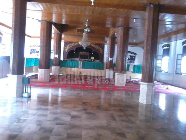 Dari dalam masjid ishlah
