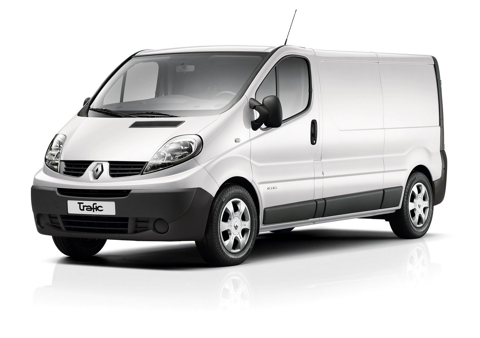 in4ride renault joins cargo boys with trafic van. Black Bedroom Furniture Sets. Home Design Ideas