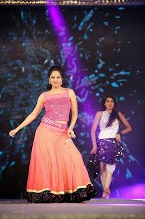 Anchor Anasuya Latest  Stage Dance at Gama Awards  3.JPG