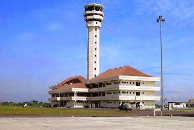 Bandara Internasional Juanda, Sidoarjo, Jawa Timur. ZonaAero