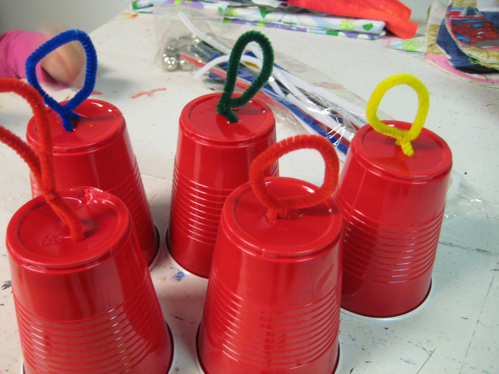 The L-T Experience: How Tuesday Kids Craft: Christmas Bells