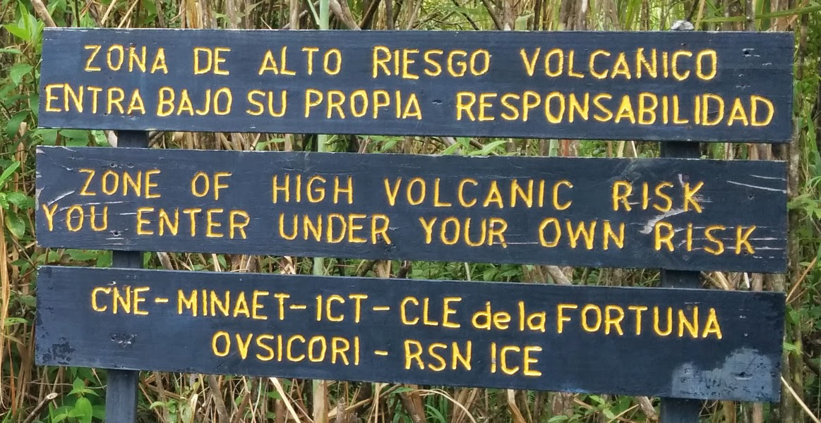 arenal volcano warning