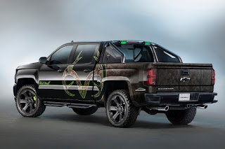 Chevrolet Silverado 1500 High Country Realtree Bone Collector Concept Crew Cab (2016) Rear Side
