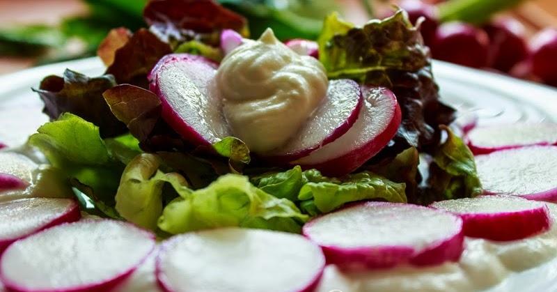 Cucina armonia insalata di ravanelli di alessandro borghese for Insalata da taglio