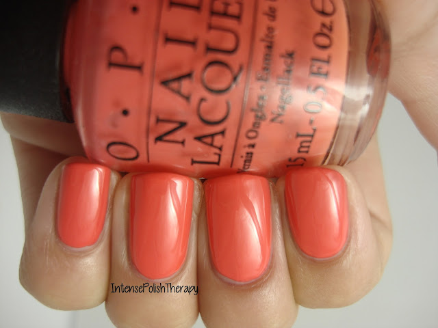 OPI - Hot & Spicy