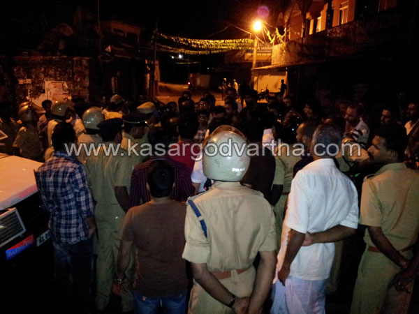 Nellikunnu, Clash, Vehicle, Fire, Attack, Police, Case, Adkathbail, House, Injured, Hospital, Students, Custody, Kasaragod, School, Kerala, Kerala Vartha, Kerala News.