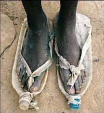 Misteri Penemuan Sandal Jepit.alamindah121.blogspot.com