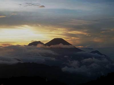sindoro,gunung prau