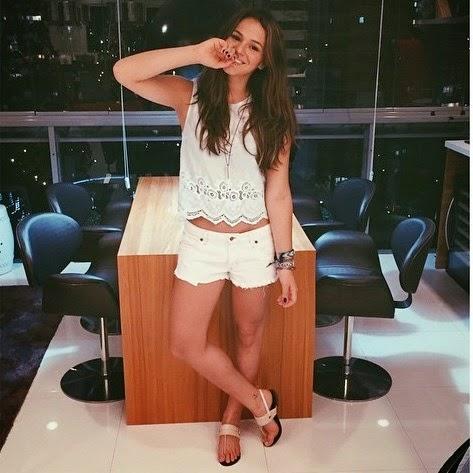 Roubou a beleza do mundo, escreveram os fãs ao ver a foto da Bruna Marquezine