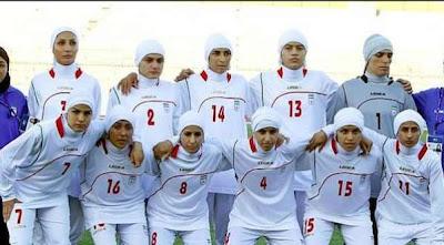 chicas futbolistas de iran