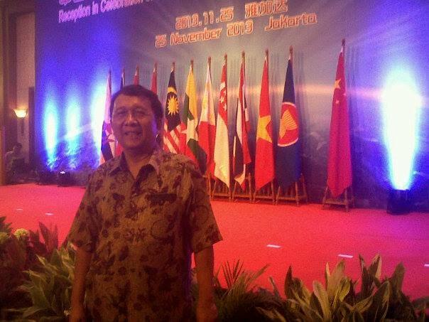ULANG TAHUN KE-10 MITRA STARTEGIS ASEAN-CHINA