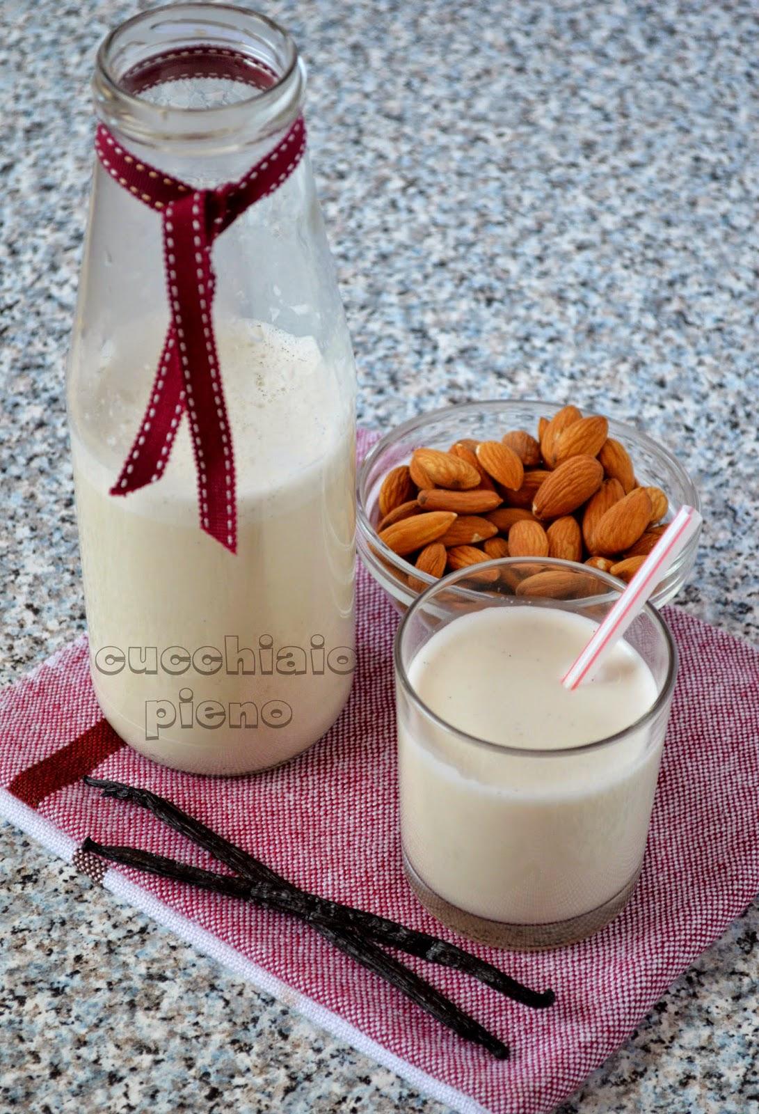 leite de amêndoa com baunilha