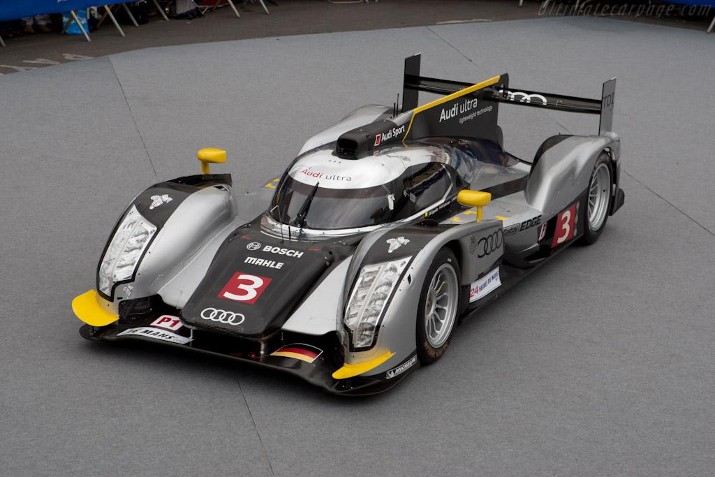 American grand prix wicked crash at 2011 le mans 24 for Prix m2 le mans