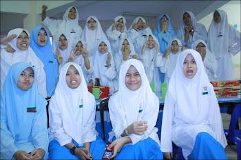classmate.love.