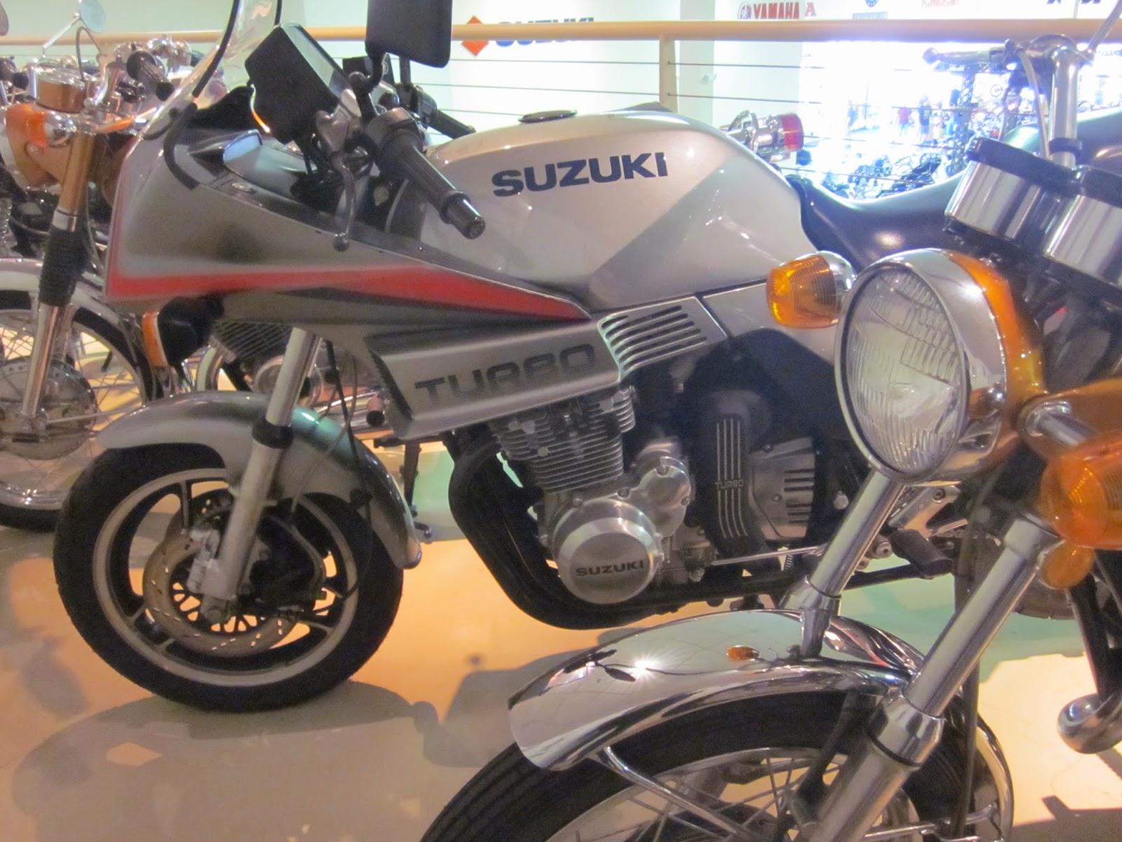 Oldmotodude suzuki xn85 turbo on display at hinshaw 39 s for Hinshaw honda auburn wa
