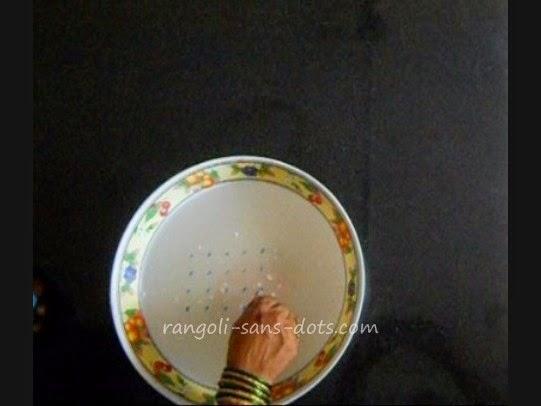 floating-rangoli1.jpg