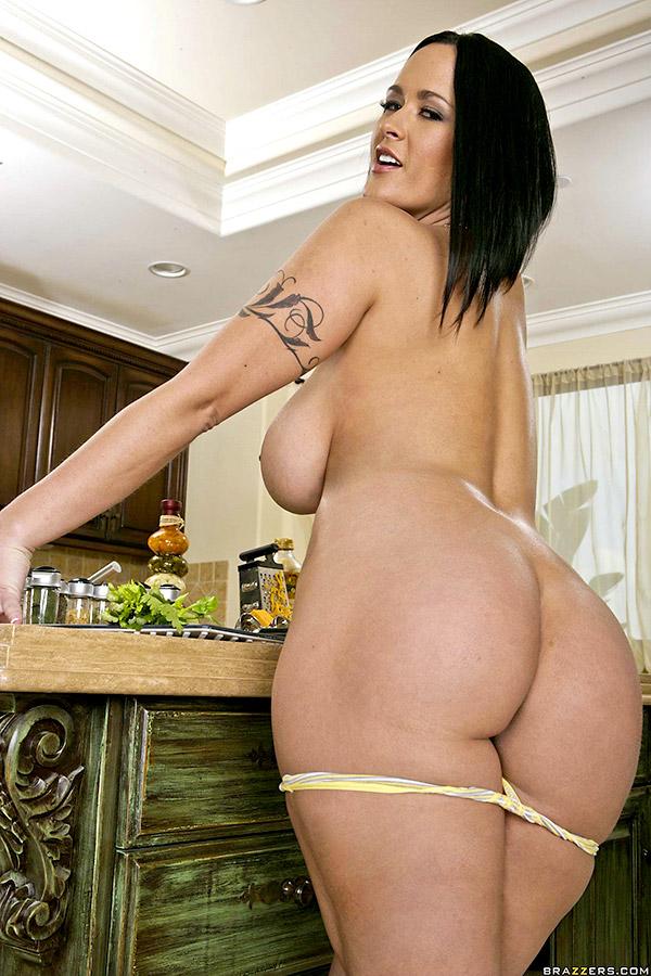 carmella-bing-naked-pics