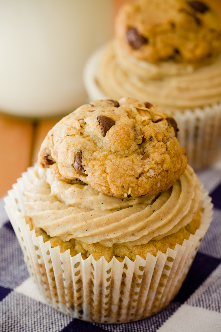 Chocolate chip cookie cupcakes (made by taking your favorite chocolate ...