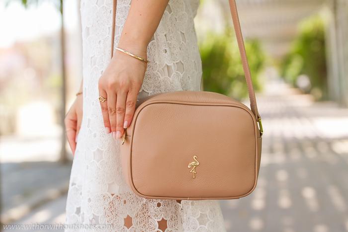 Tendencias bolsos de cuero de verano en colores claros