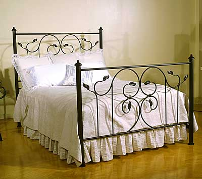 Wrought Iron Furniture on Furniture  Wrought Iron Furniture Designs Ideas