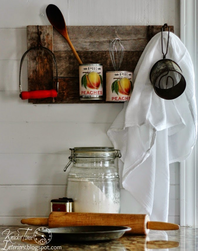 Repurposed Tin Can Organizer | www.knickoftime.net