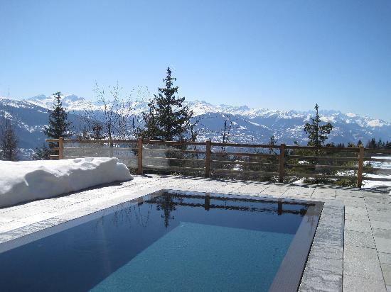 Switzerland Spa Infinity Pool