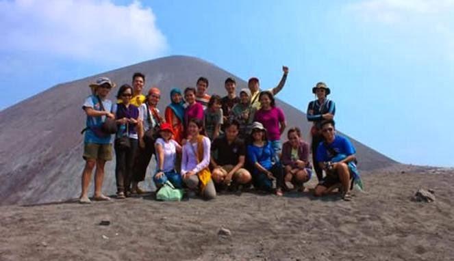 Wisata Krakatau Tour