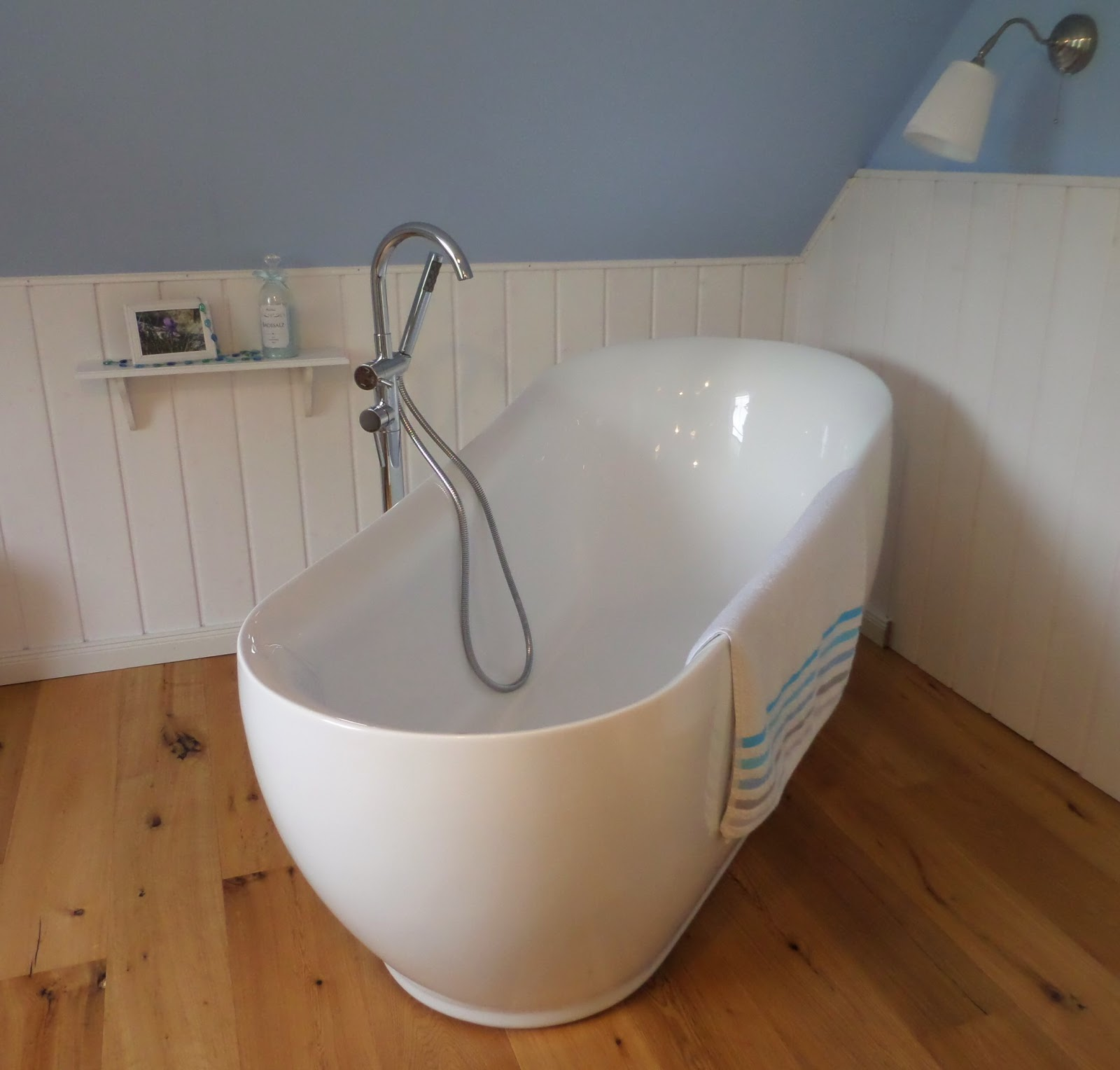 Schwedenhaus badezimmer  Kleine Lotta ~ Unser Schwedenhaus: Badezimmer und noch mehr ...