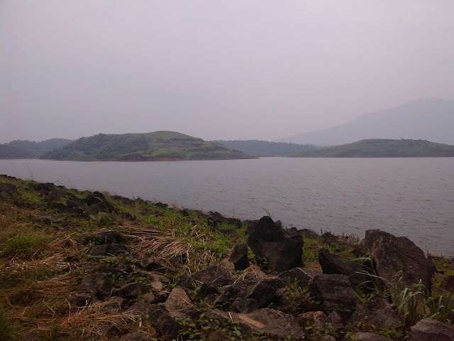 Mountain spots in Banasura Sagar Dam
