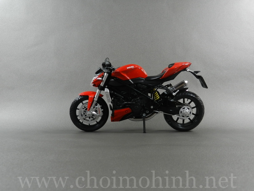 Ducati Streetfighter 2010 1:12 Joycity side