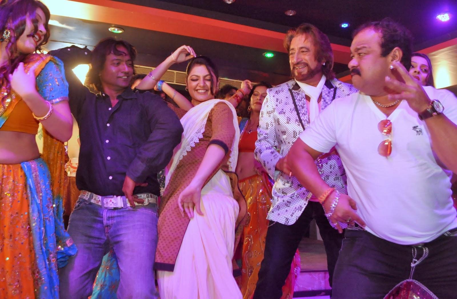 Dance Bar in Mumbai Mumbai Can Dance Saalaa