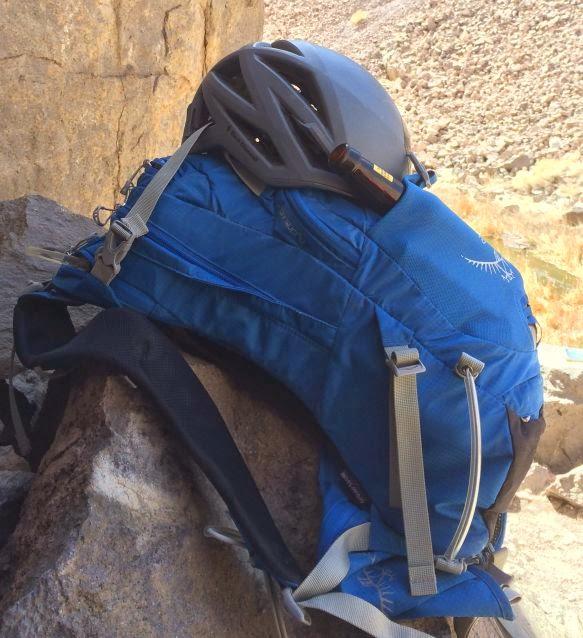 Osprey Manta 20 Hydration Pack with Helmet