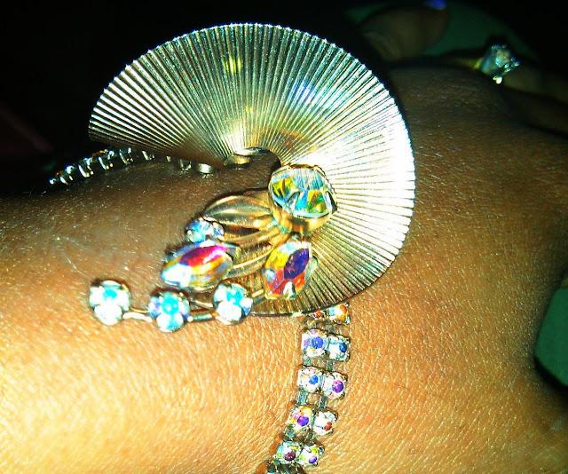 thrift haul vintage rhinestone bracelet