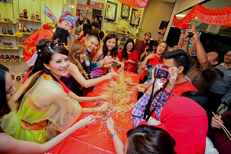 Lou Sang Chinese Tradition