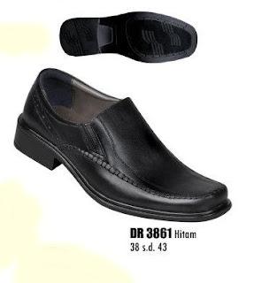 Sepatu kulit pantofel pria DR 3861