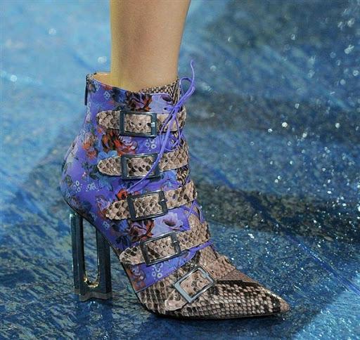 gambar model sepatu dan sandal wanita terbaru 2016