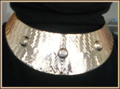 collar-dorado